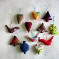 12 Beautiful Felted Christmas Decorations #52