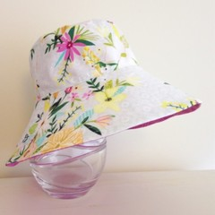 Girls summer hat in floral spray fabric