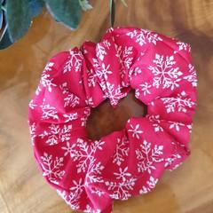 "Christmas Scrunchy  ""Snowflakes"""