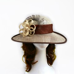 ZIELISSA - Brown and Cream Upturned Brim Domed Crown Hat