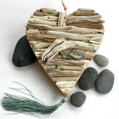 Coastal driftwood heart with tassel feature
