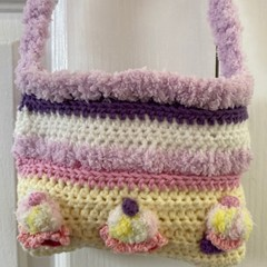 Gorgeous Cupcakes shoulder bag for your little one