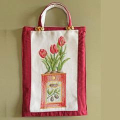 TOTE BAG Tulips cross-stitch. Lined.
