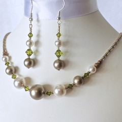 Swarovski Pearl Earring & Necklace Set: Lana & Luminare