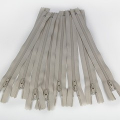 Genuine YKK Nylon/Polyester #3 Finished Zip colour 572 Natural Beige