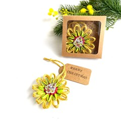 Gift Boxed Rustic Jute Flower Christmas Tree Ornament Tag
