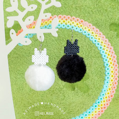 Fluffy Chubby Cat Earrings (Black/Grey/White)