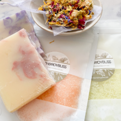 Soap, Scrub & Tub Tea Bath Soak Midi Gift Box