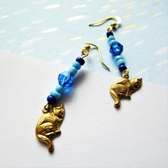 Cassidy cat earrings in blue with ancient Egyptian feel