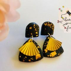 Earrings: Seashells