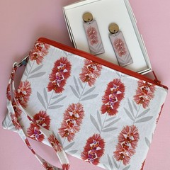 Earring and Wristlet Gift Set