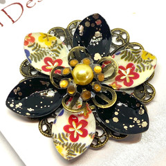 Hand coloured Black & Gold Floral patterned brooch