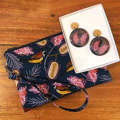 Australian Flora & Bird Earring & Wristlet Gift Set