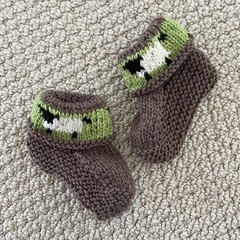 Brown sheep  booties - Hand knitted in Pure Wool