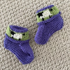 Purple sheep  booties - Hand knitted in Pure Wool