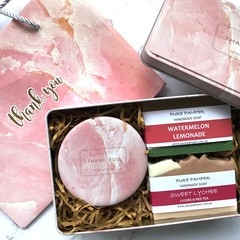 Lux Marble Gift Pink: 1 candle + 2 soaps + 1 matching gift bag + 1 marble tin