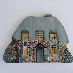 Thatched Cottage 4 Hook Key holder