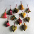12 Beautiful Felted Christmas Decorations #50