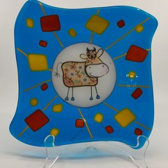 Blue cow plate