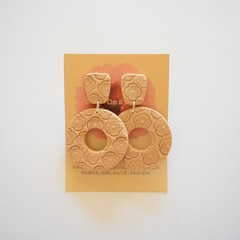Tan embossed lrg 2 piece polymer clay earrings