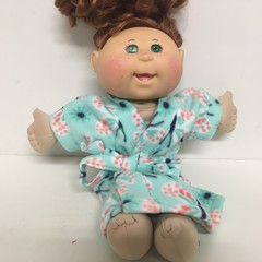 Dolls Dressing Gown to fit Baby Bonr and Cabbage Patch dolls