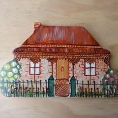 Victorian House 4 Hook Key holder