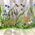Wavy 3D garden in glass