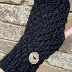 Black  chunky  handwarmers ladies or men's texting gloves
