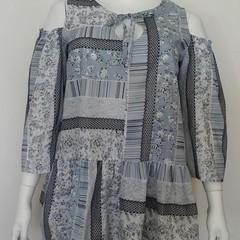 PLUS SIZE women's cold shoulder top in 100% cotton print grey/blue size 18