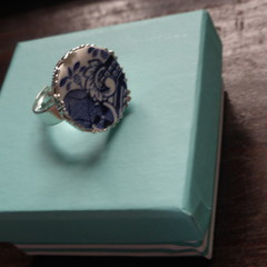 Blue Willow China Adjustable Ring   #084