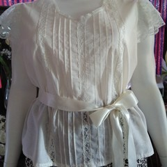 WOMENS PLUS SIZE P.J. top in ivory cotton voile. Size L - fits 18 - 20