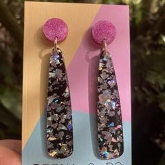 Glittery stick earrings