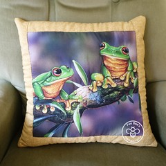Australiana hand quilted  cushion cover featuring green tree frogs