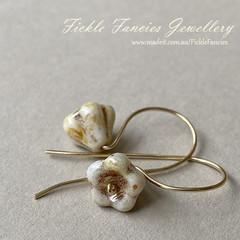 Simply Hooked Flower Earrings