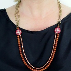 Floral wood  + chain statement necklace