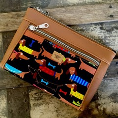 Dbl. Zip Pouch - Dachshund/Tan Faux Leather