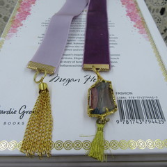 Bookmark Luxury Velvet - Mulberry with Iridescent Charm and Tassel