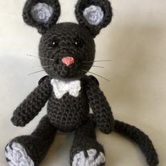 007 Black Mouse figure, amigurumi model