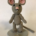 Grey Mouse with Toothy Smile amigurumi model
