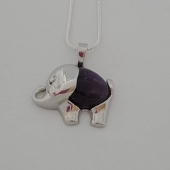 Silver elephant charm natural stone amethyst pendant necklace