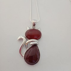 Silver cat charm natural stone red agate pendant necklace