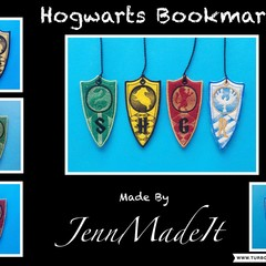1 x Hogwarts BookMark  ( your choice of one of the 4 pictured )