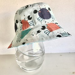 Boys summer hat in little nippers fabric