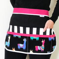 Teacher Apron Llama Six pockets FREE POST!