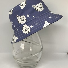 Boys summer hat in happy tiger fabric