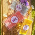 100% soy wax melt packs. 200gms. Mix and Match, Floral, Spiced, Sweet, Earthy