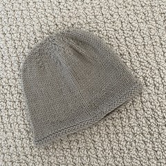 Neutral Newborn Baby Hat - Hand knitted