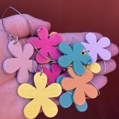Daisy drop earrings - hot pink