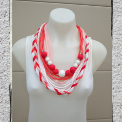 Crest - Coral and White