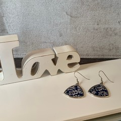 Pierced triangle earrings, blue floral, silver wire hook, zinc alloy